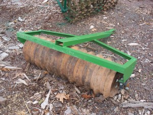 Used 4' Green Coultepacker