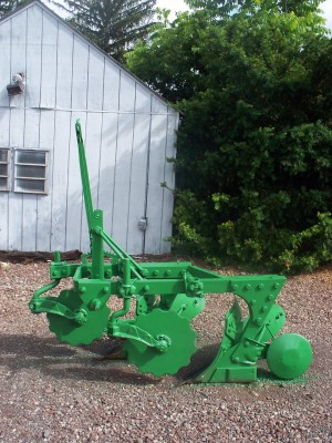 Used John Deere 2 Bottom Plow with coulters & trash kit
