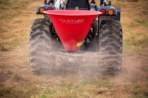 Tarter Fertilizer Spreaders / Seeder - Poly Tub